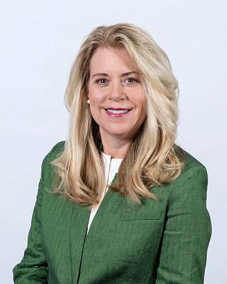 Stacy DeWalt joins Heartland Dental as Chief Marketing Officer